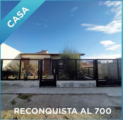 Reconquista 700